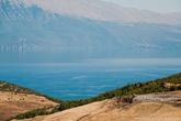Мне довелось немного проехаться по Албании на авто, скажу честно, от окружающих пейзажей, местами просто дух захватывало.