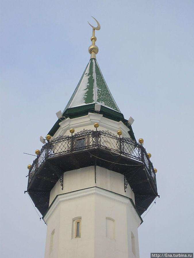 Мечеть Марждани с минаретом, похожим на... трубу ))