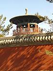 Башня на территории храма
