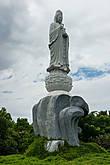 Статуя Будды на горе