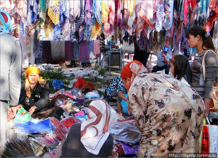 На местном рынке ширпотре
