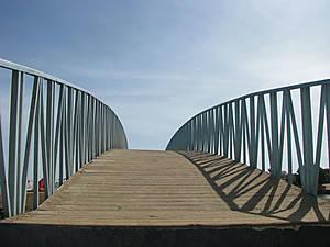 Лестница в небо (мостик от Шератона на Зейтуну)
