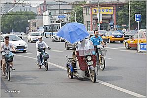 По части транспортных средств китайцы очень изобретательны... *