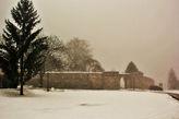 Местечко тихое, умиротворённое. Жаль, туманно было, красоты горной Сербии были в пелене...
