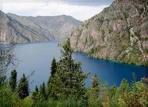 Золотая чаша озера Сары-Челек