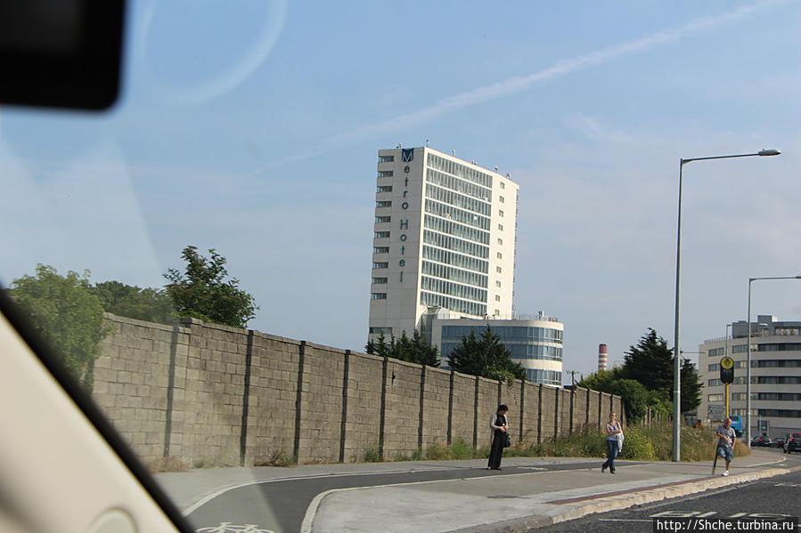 отель видно из далека — не проскочешь:))