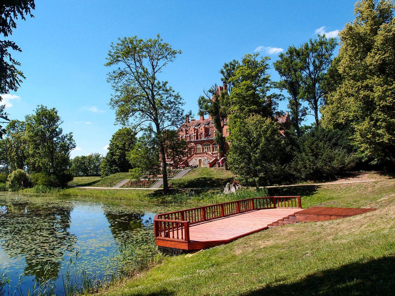 Замок Яунмокас Тукумс, Латвия
