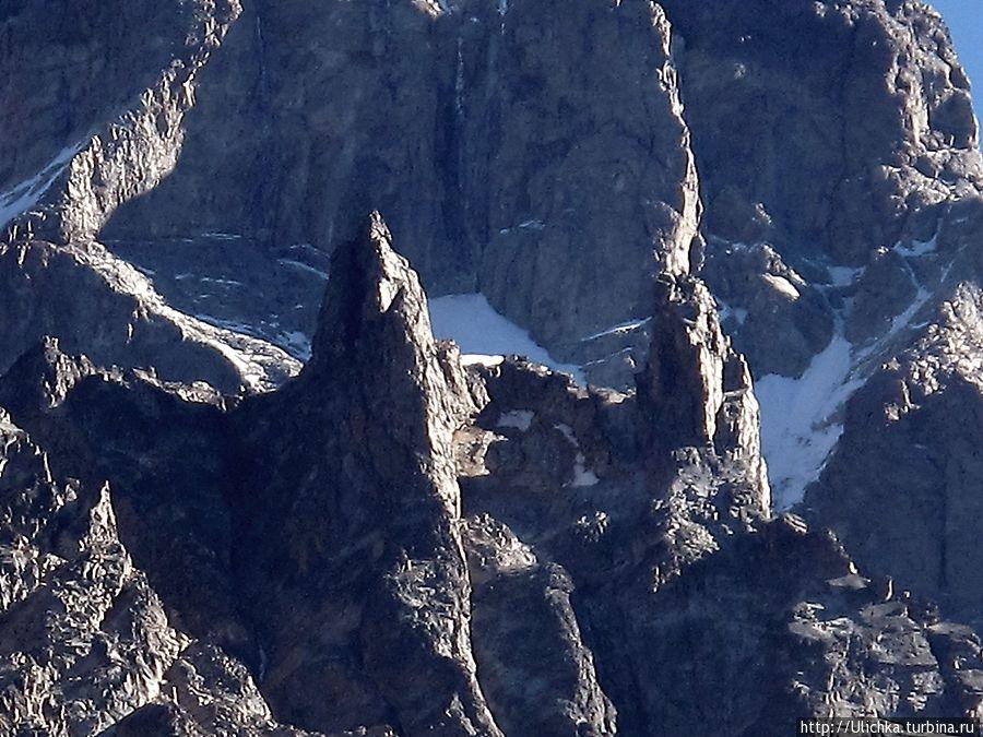 Клыки горы Ушба