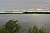 Река Паз в этих местах широка и норвежский берег еще далеко