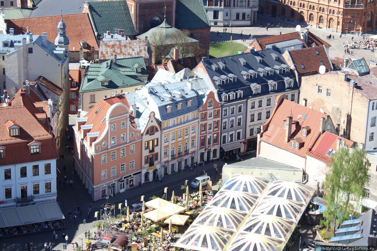 Нарядные домики в центре Старого города Риги. Рига, Латвия