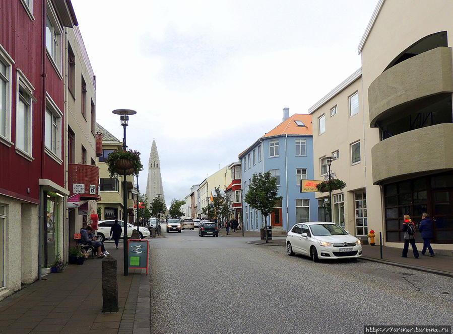 улица Сколавордустигур (Skolavordustigur) Рейкьявик, Исландия