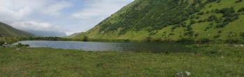 озеро в Долине Мидаграбинских водопадов
