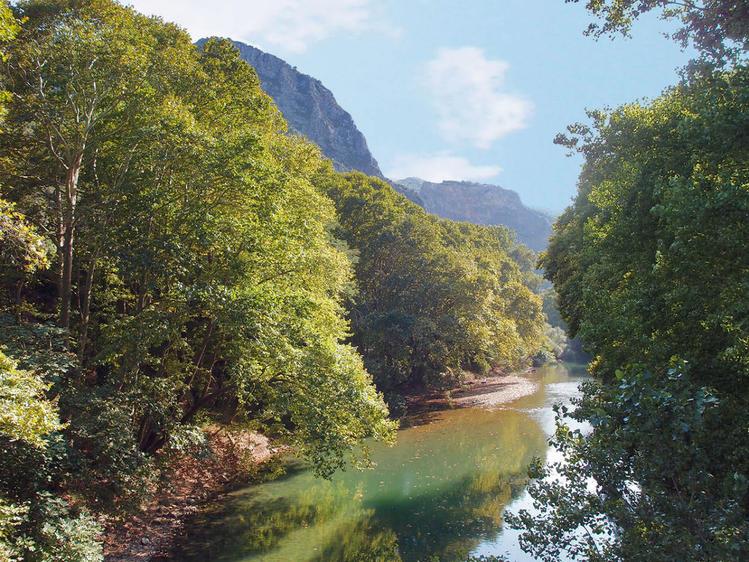 Долина реки Пиньос с её п
