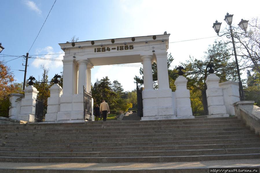 Над Малаховым курганом сны... Севастополь, Россия