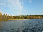 Осенью Кончезеро, может быть, даже красивее, чем в другое время года.