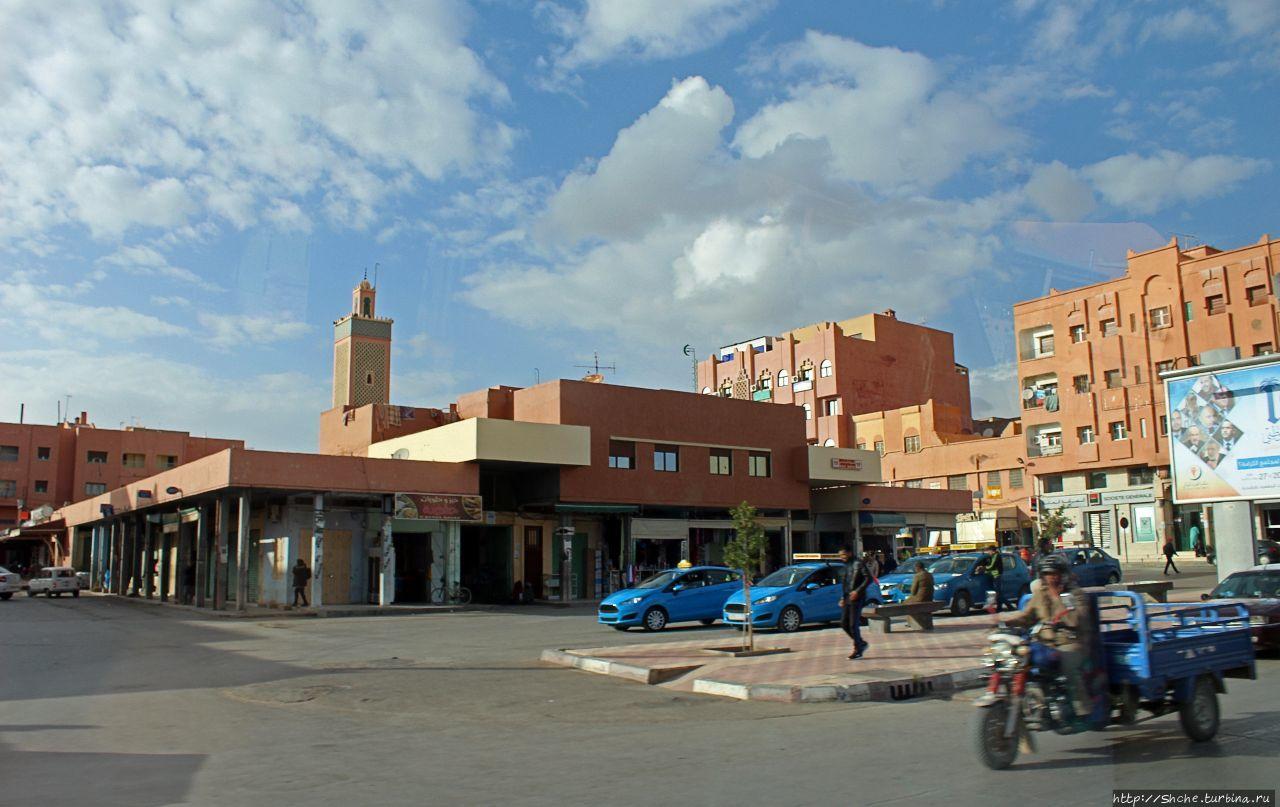 Розовый город Er Rachidia