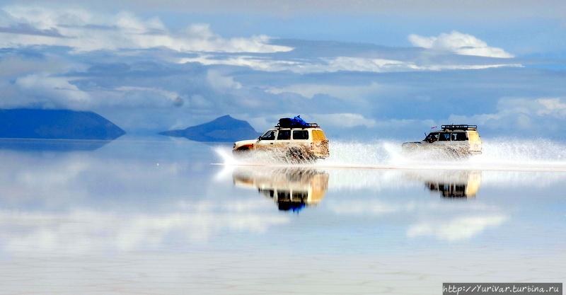 Зеркальная красота боливийского озера Уюни