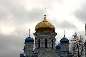 Собор Успения Пресвятой Богородицы — возведён к 100-летию годовщины сражения под Малоярославцем.