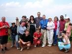Наша группа на верхней кромке кратера Нгоронгоро