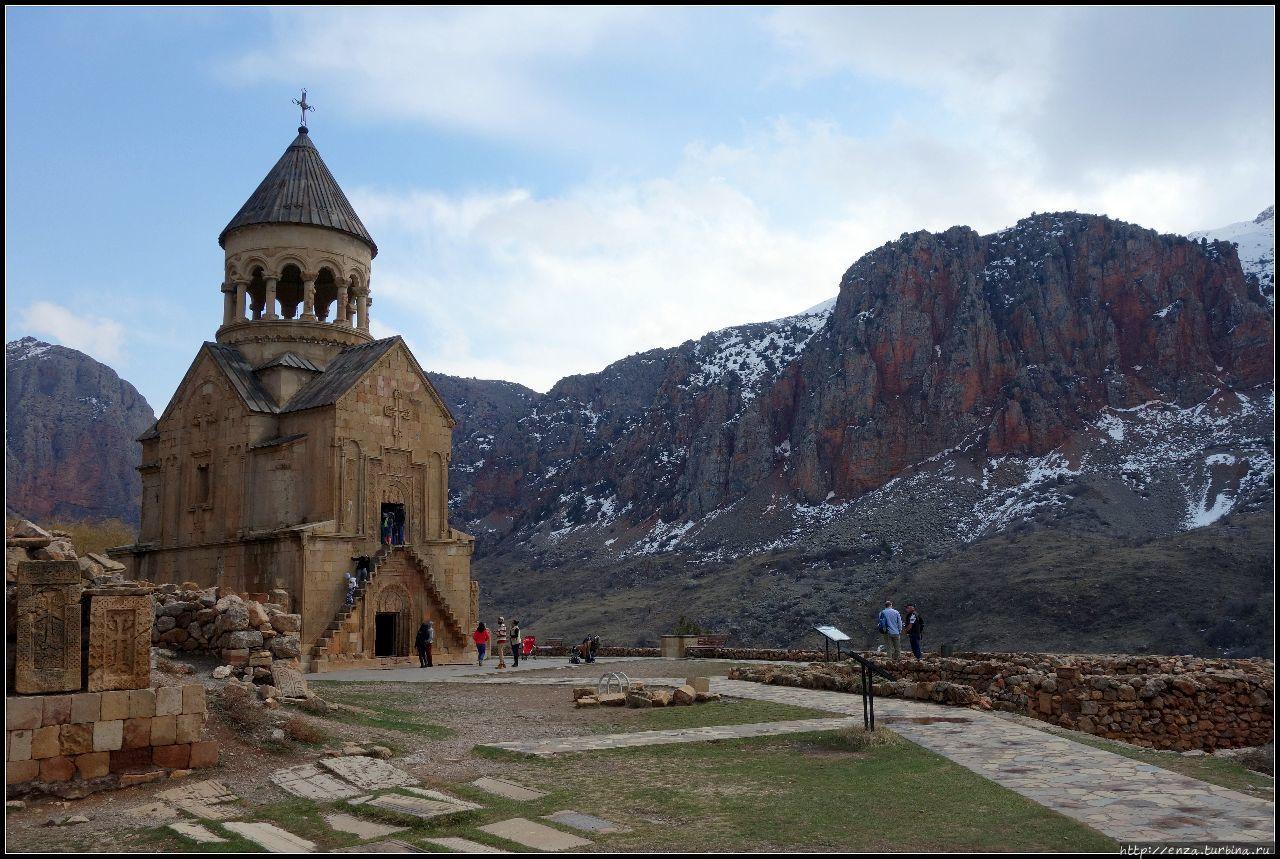 Армения. День 4 Нораванк. Вечный спектакль во имя любви Нораванк Монастырь, Армения