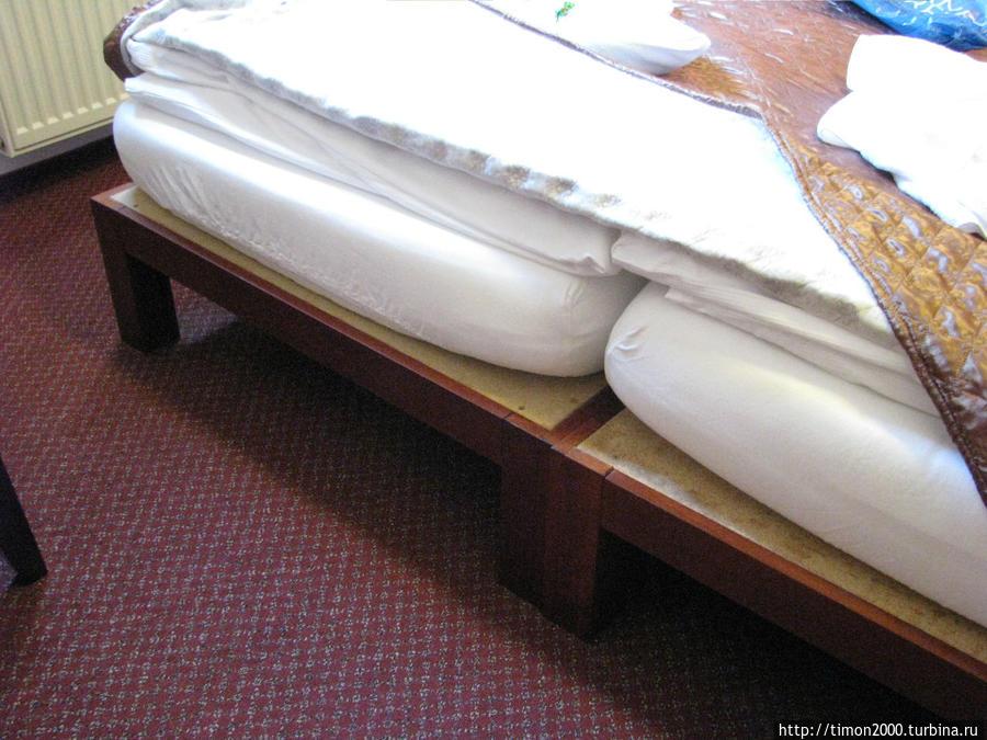 Так выглядят кровати в номерах.
