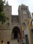 Эворский собор — один из старейших и важнейших памятников центра Эворы. Собор находится на наивысшей точке города. Церковь освящена в честь Успения Пресвятой Богородицы и является кафедральным собором архиепархии Эворы.
