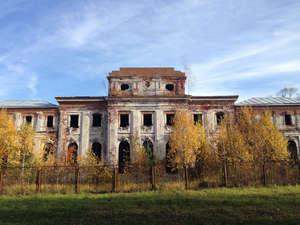 Всё, что осталось от усадьбы Чернышёвых, некогда одной из самых роскошных в России