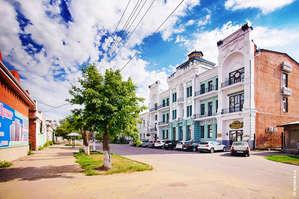 Здание бывшей гостиницы Троицка, визитная карточка города.