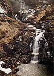 Но как оказалось зря, в несезон водопад крайне скромен :)