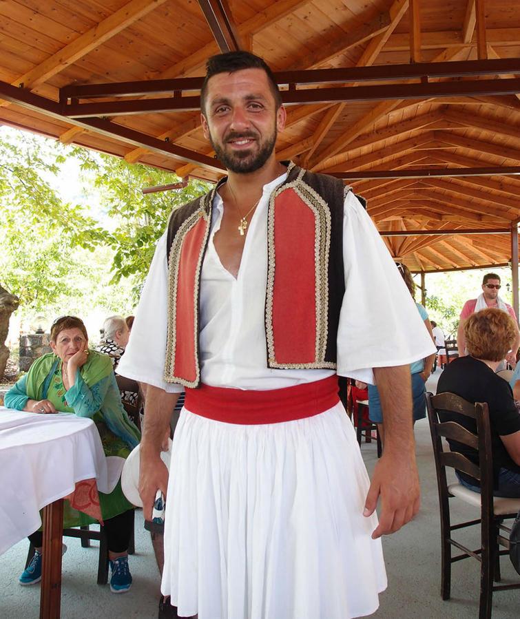 Национальный Костюм Греции