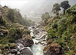Речка Лангтанг-Кхола