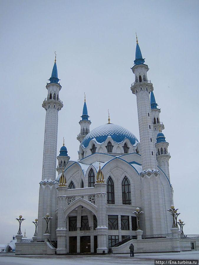 Мечеть Кул Шариф. Высокие минареты