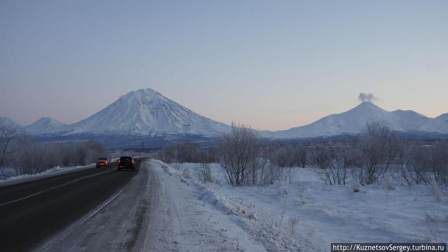 Корякский вулкан и Авачинский вулкан от Елизово