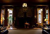 Гостиная отеля Lake Quinault Lodge