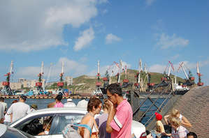 Транссибирский экспресс: Остров Русский — еще без мостов