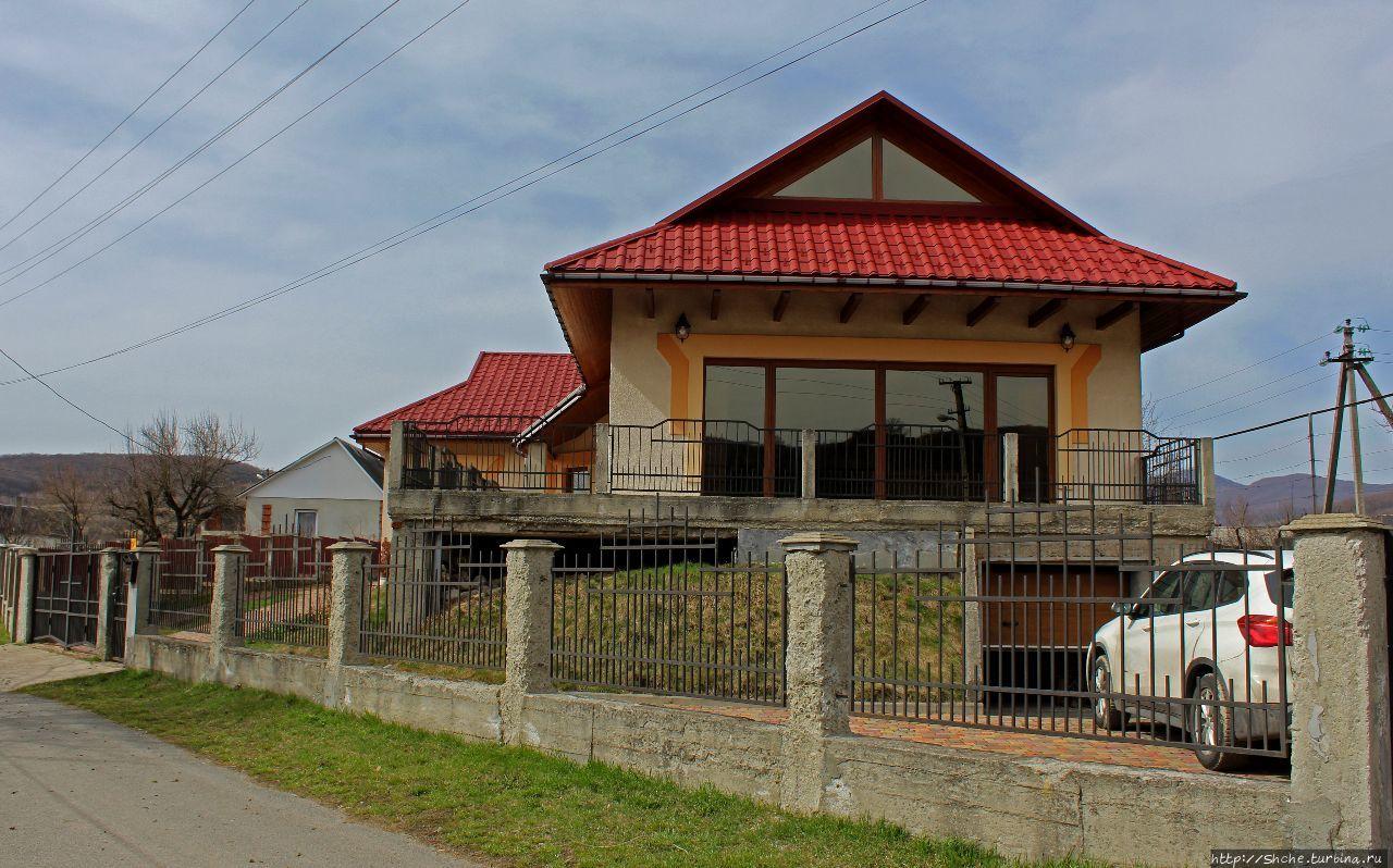 Дом в Каменице Каменица, Украина