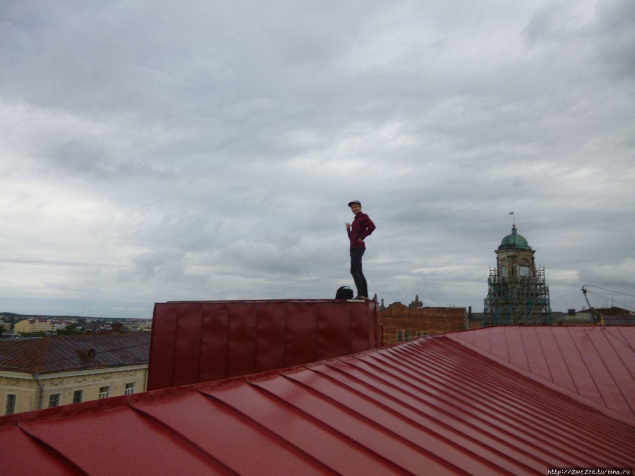 По руинам и по крышам