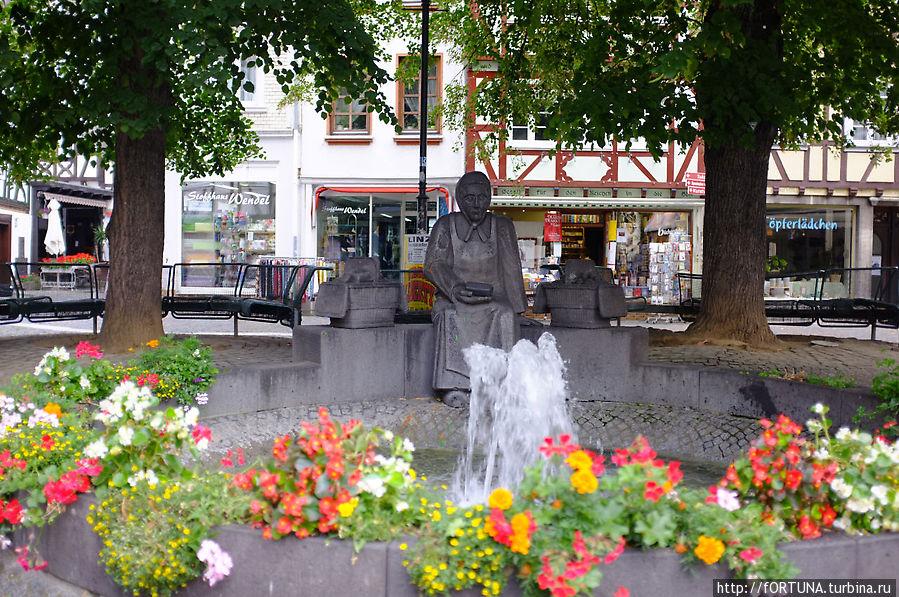 Памятник торговке маслом