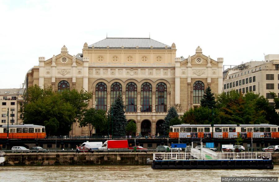 По Дунаю Будапешт, Венгрия