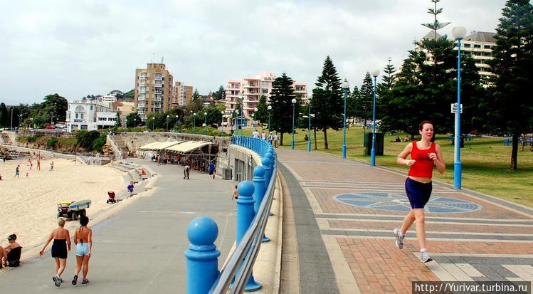 Набережная пляжа Куджи