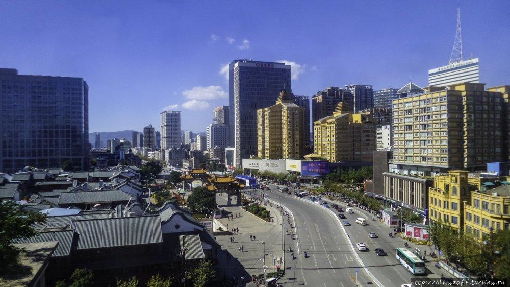 Квест по поиску хостела в Куньмине Куньмин, Китай