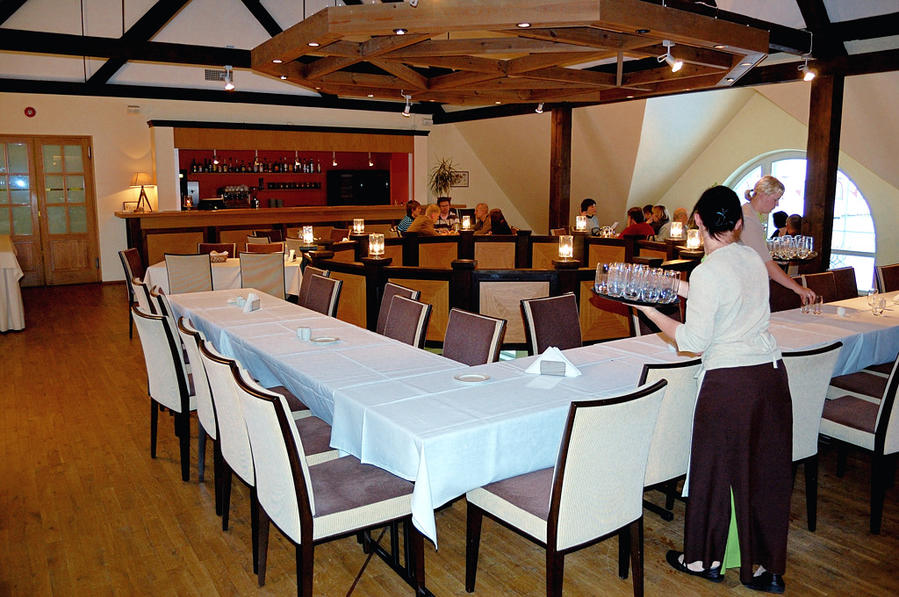 Ресторан на втором этаже