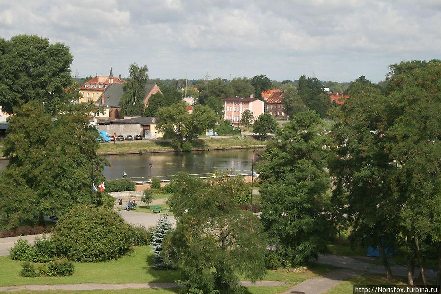 Вид из окна на реку Эльблонг