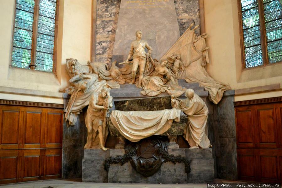 Церковь Святого Фомы и Мавзолей Мориса Саксонского Страсбург, Франция