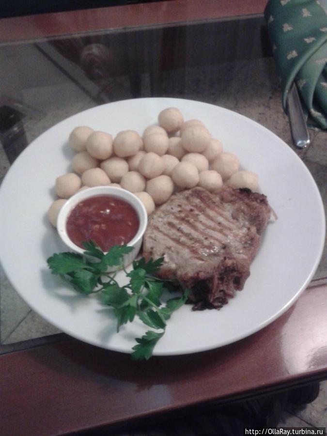 Отбивная с картофелем