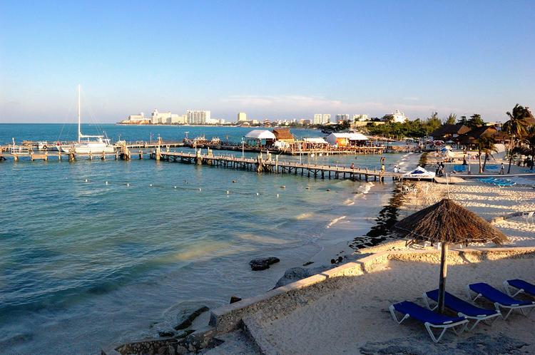 Пляж у отеля Dos Playos