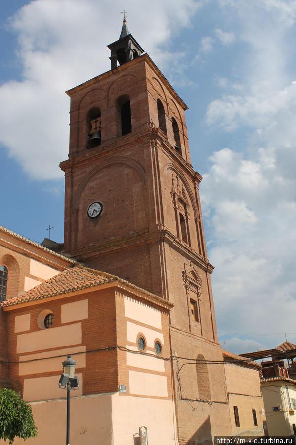 Церковь в городе
