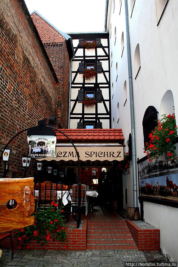 Корчма Торунь, Польша