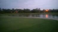 Рассвет над полями для гольфа
