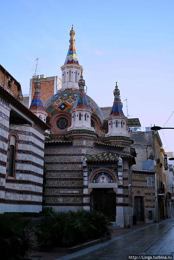 Часовня Всех святых (Capella del Santíssim, 1916 г.)